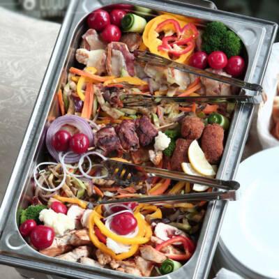 Poco loco toplo posluženje-meso u dišu