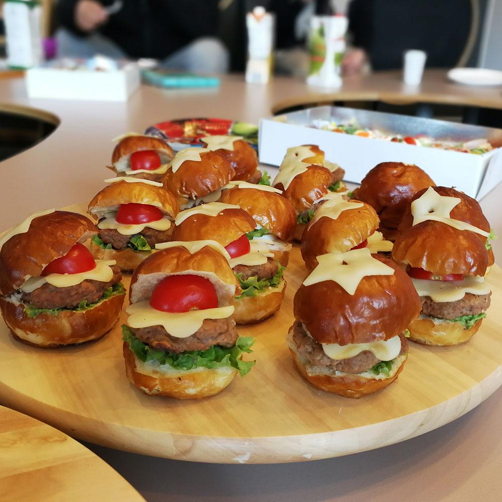 Mini hamburgeri za dečije rođendane