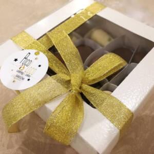 Lux sitni kolači u poklon pakovanju