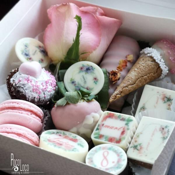 Poklon za 8. mart rozo